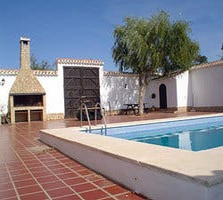 Fotos de piscina en casa rural san ant n p trola 1701521 for Piscina san anton