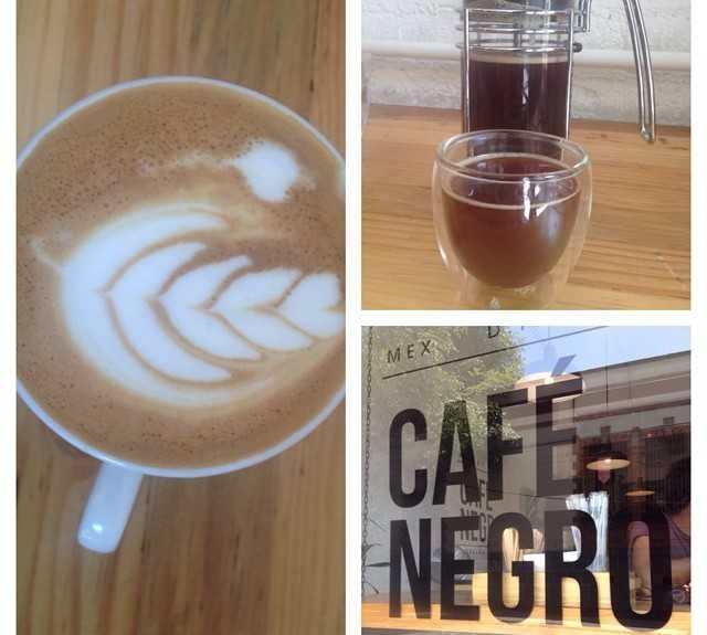 Cappuccino en Café Negro