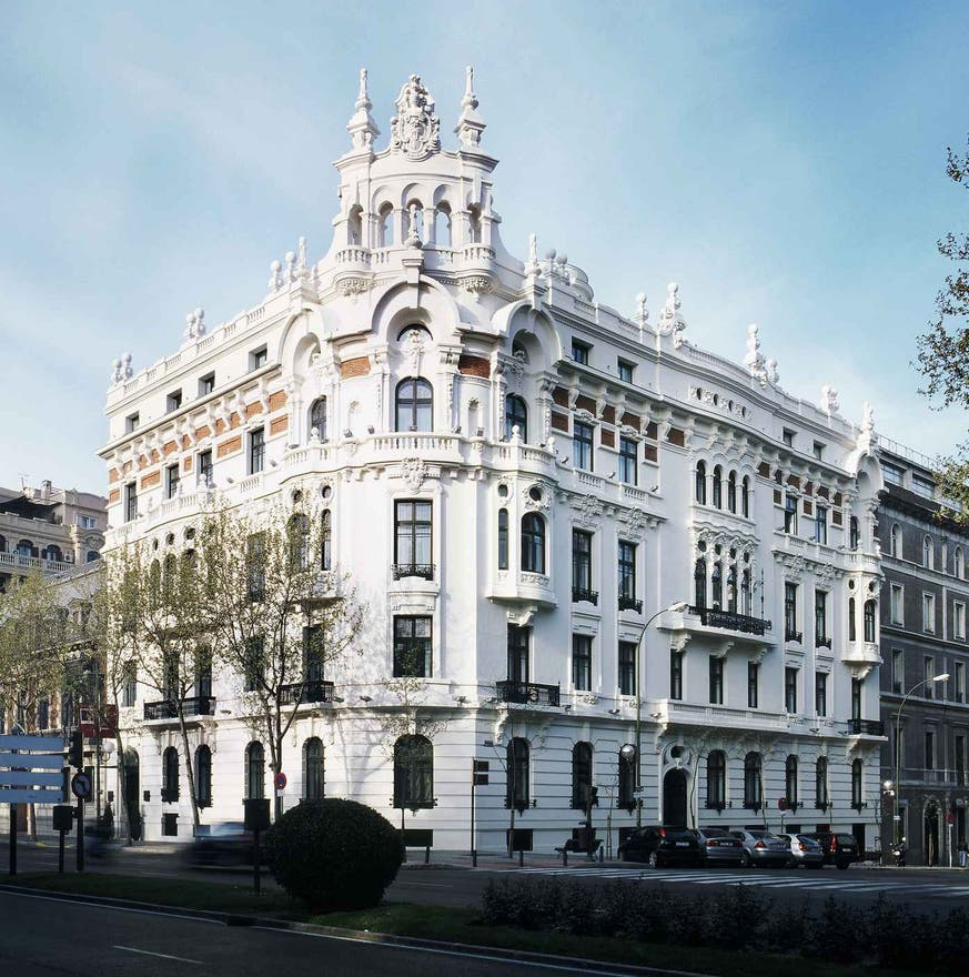 Canal en AC Palacio del Retiro, Autograph Collection, A Marriott Luxury & Lifestyle Hotel