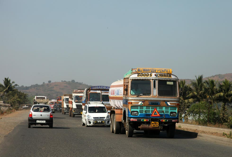 Commercial Vehicle in Kudal