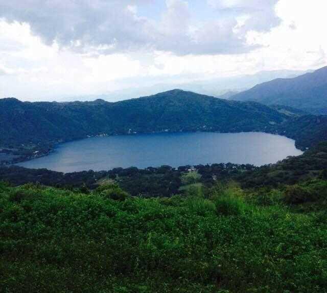 Lago a Santa María del Oro