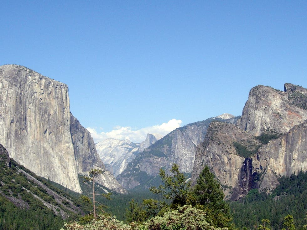 Acantilado en Tunnel View