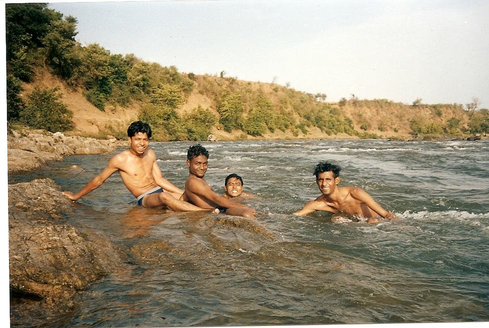 Bathing in Jabalpur