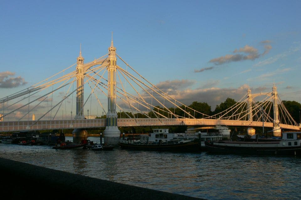 Puente en London County Hall
