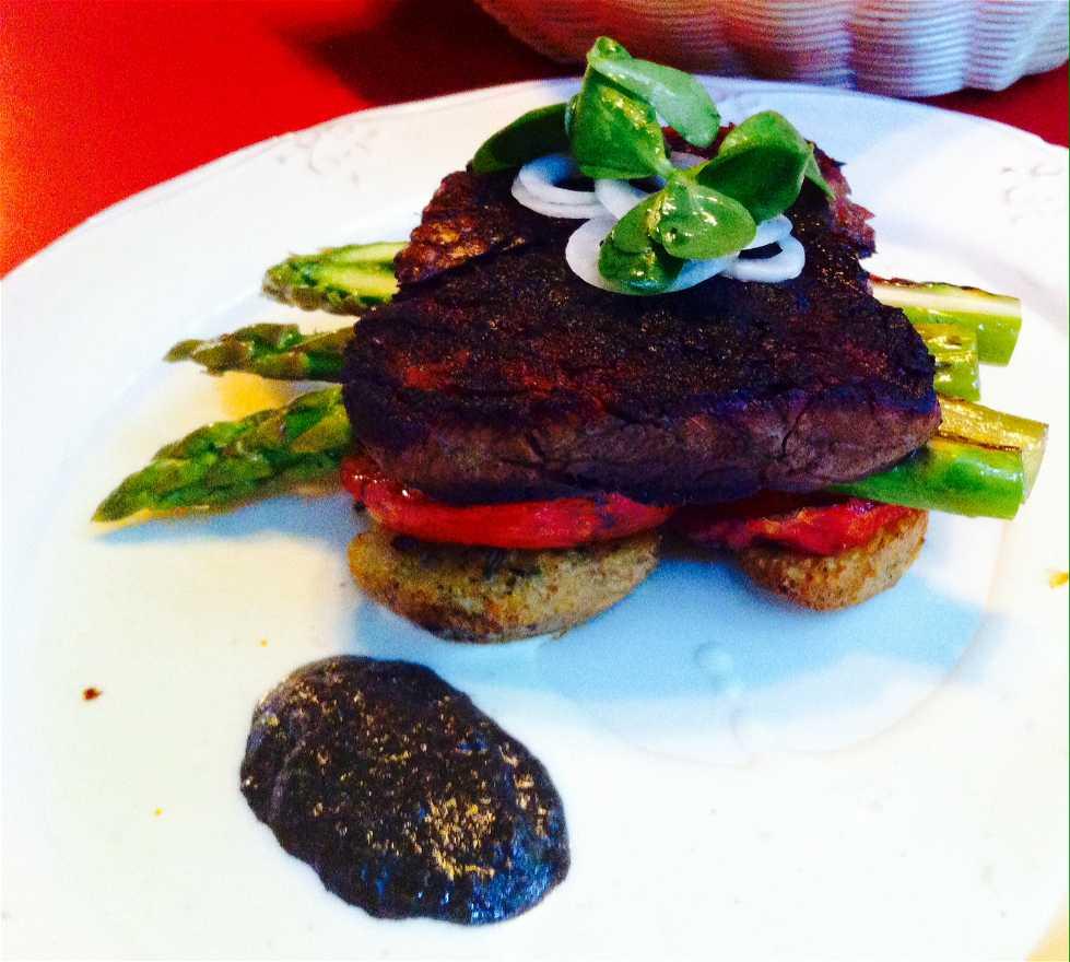 Comida en Restaurante La Capital