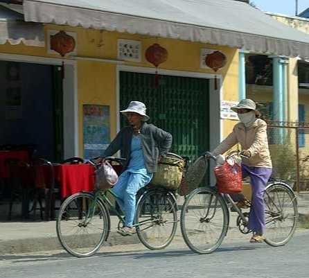 Bicicleta en Las calles de Hoi An