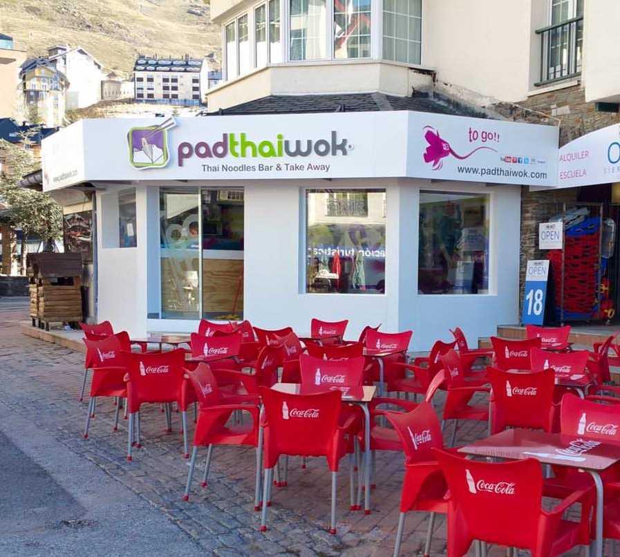 Restaurante en PadThaiWok Sierra Nevada