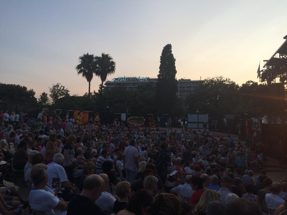 Multitud en Nice Jazz Festival