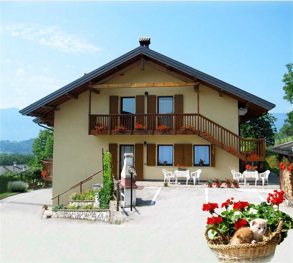 Fotos de fachada en b b piani eterni cesiomaggiore 5876251 for Piani casa mn