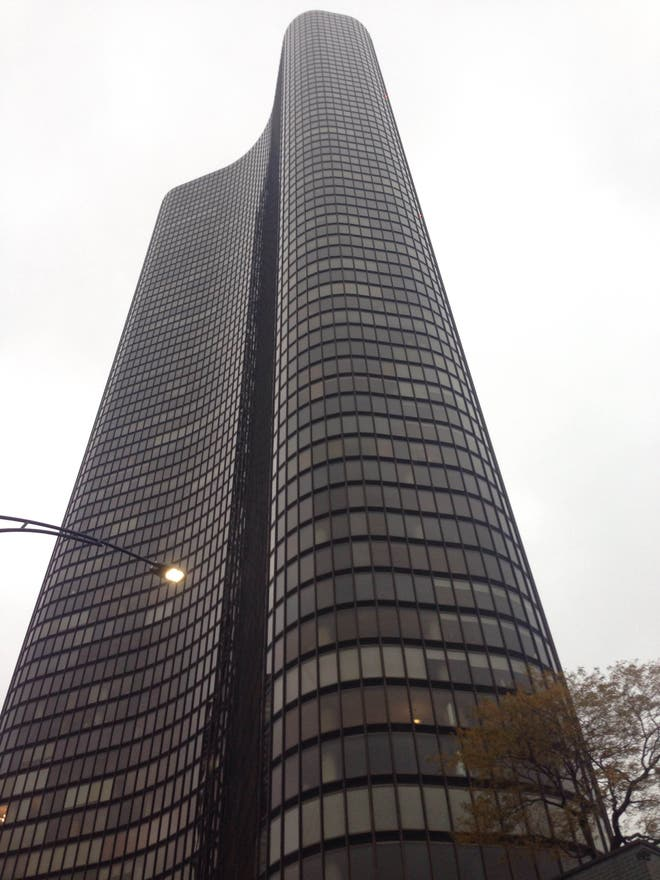 Fachada en Lake Point Tower