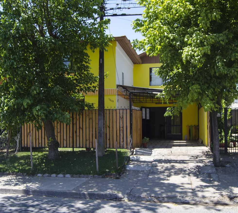 Fotos de casa em hostal casa amarilla ecopackers talca for Hostal casa amarilla