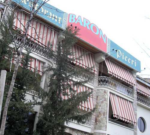 Fachada en Hotel Restaurant Baron