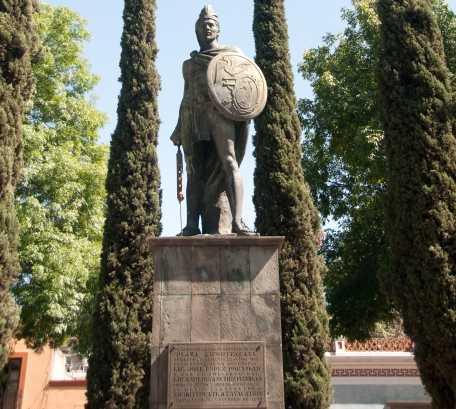 Monumento en Monumento a Xicohtencatl Axayacatzin