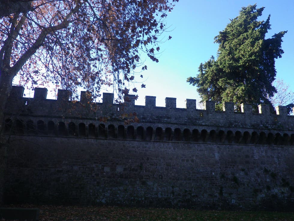 Pared en Castello Roveriano