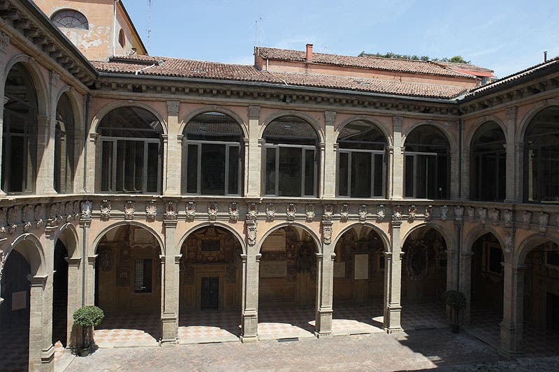 Patio en Palacio Archiginnasio