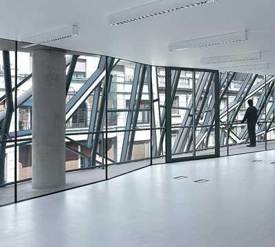 Arte moderno en Sede de Sanidad del Gobierno Vasco