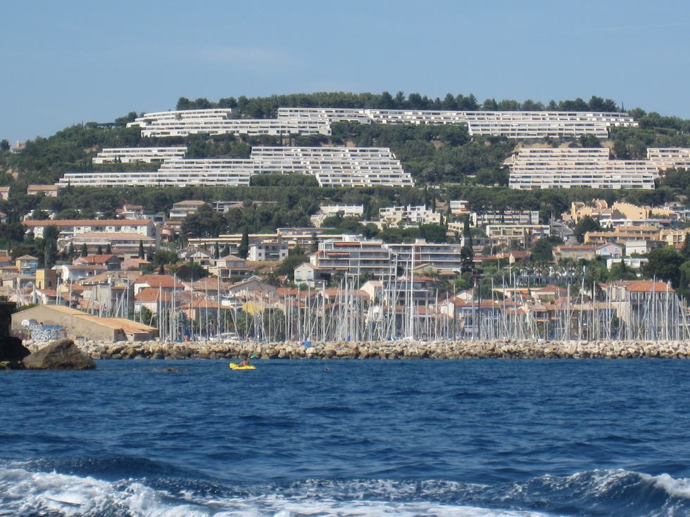 Coast in Bandol