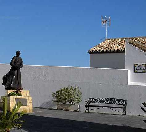 Fachada en Plaza del Padre Manuel