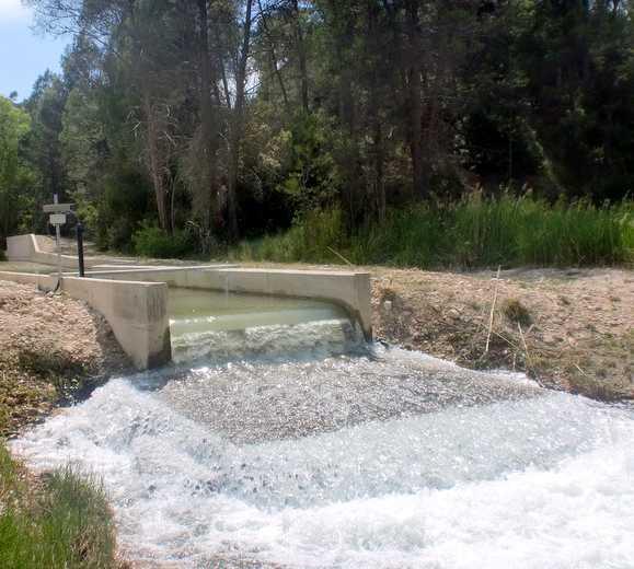 Canal en Las Juntas de Letur