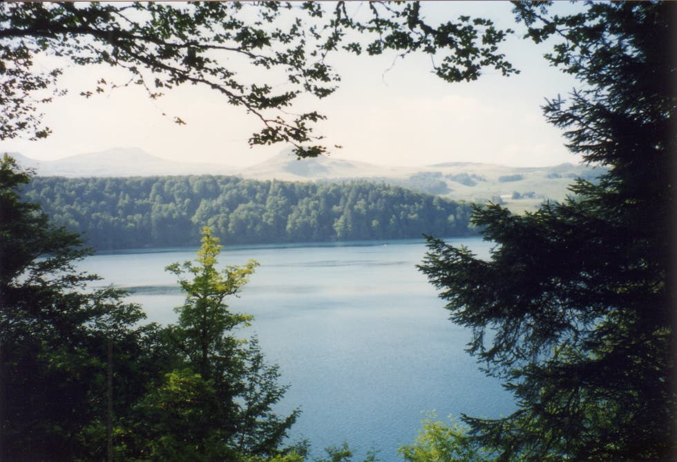 Lake in Besse-et-Saint-Anastaise