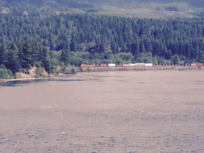 Sea in Cascade Locks