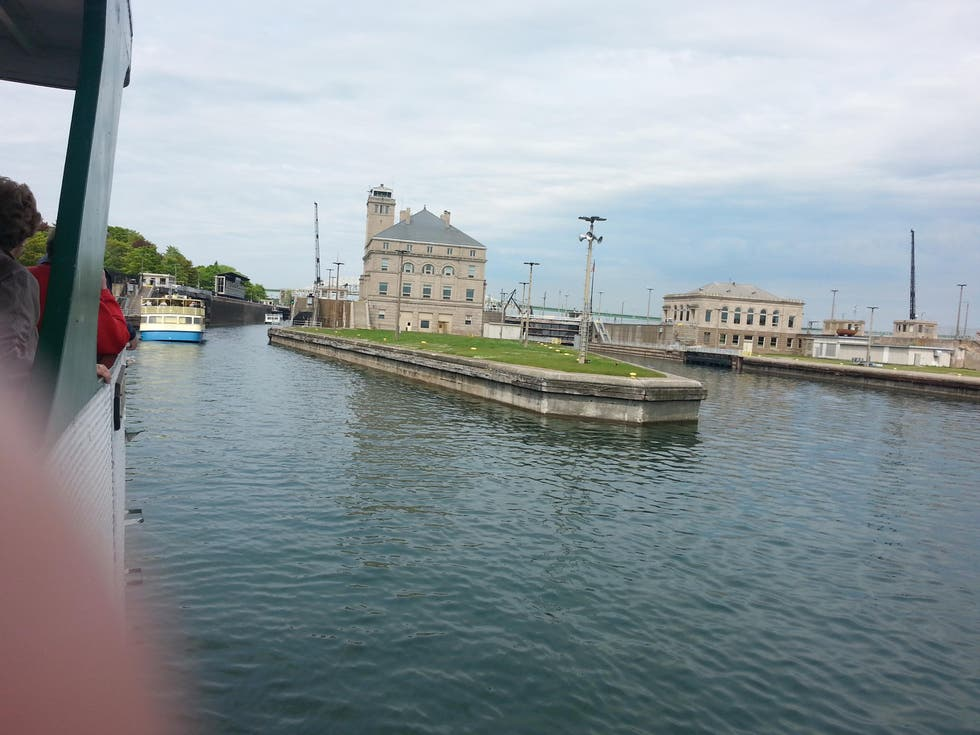 Transporte en Soo Locks Boat Tour