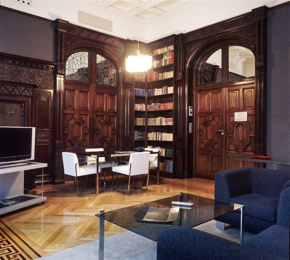 Mueble en AC Palacio del Retiro, Autograph Collection, A Marriott Luxury & Lifestyle Hotel
