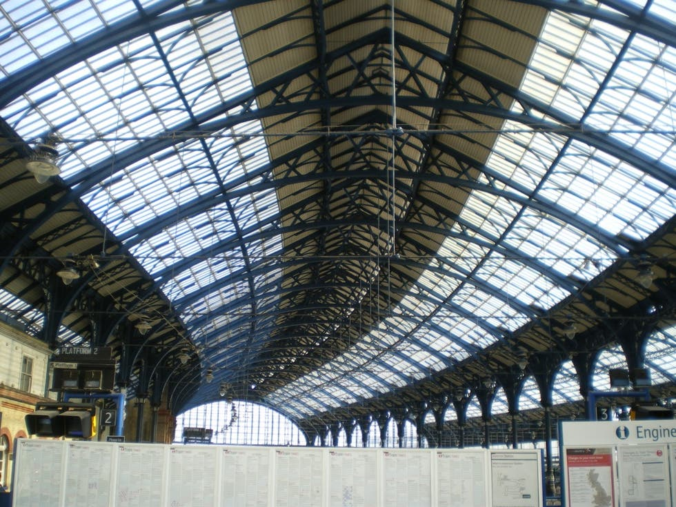 Fachada en Brighton Rail Station