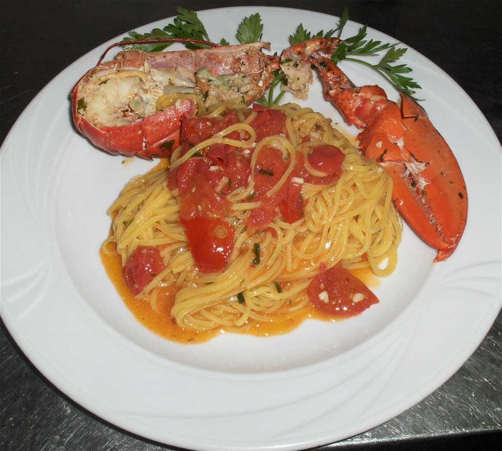 Espagueti en Ristorante la Taverna