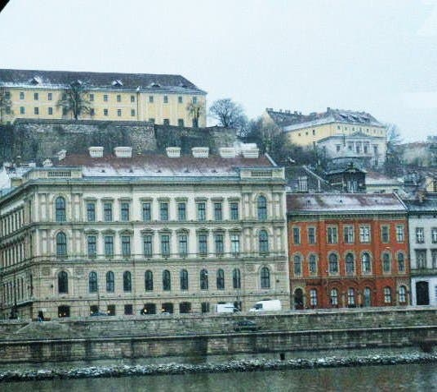 Plaza en Paseo por el Danubio