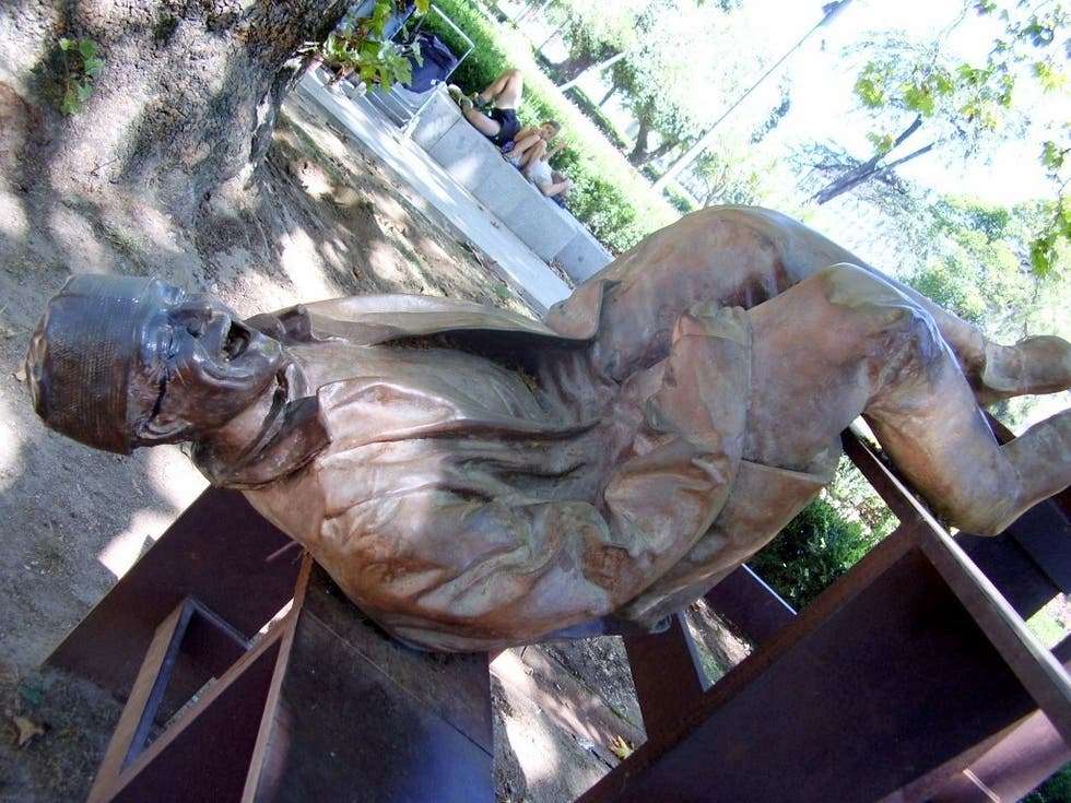Photos Of Sculptures To The Martyrs Of The Fatherland Images