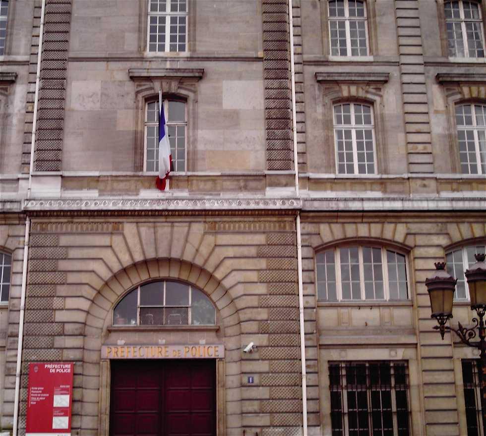 Photos de pr fecture de police galerie photos - Prefecture de police porte de clignancourt ...