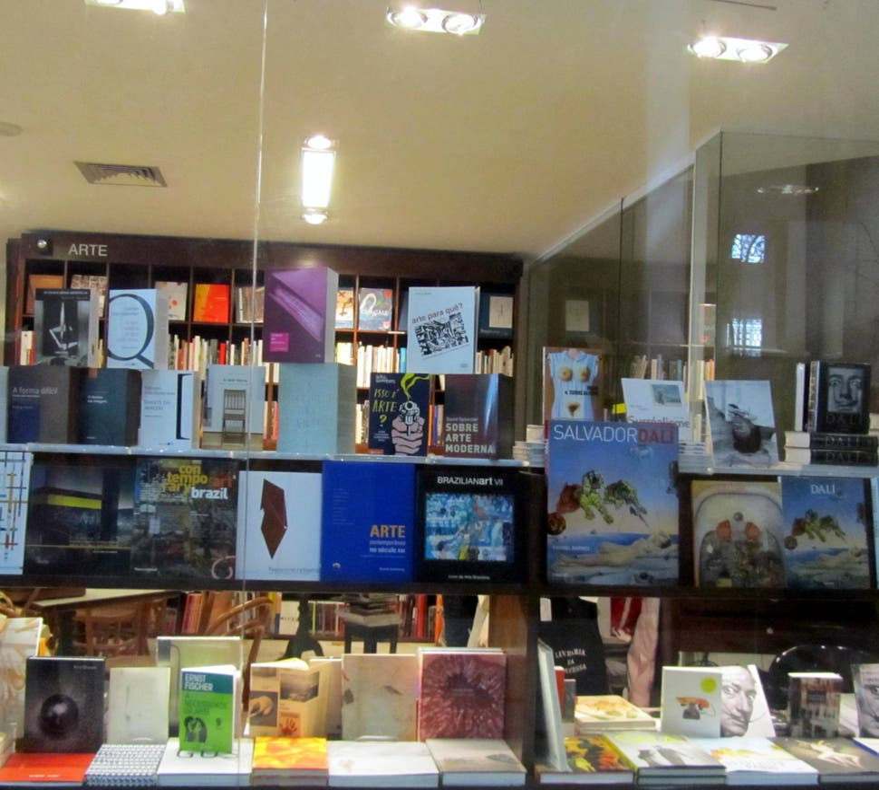 Librería en Librería Da Travessa