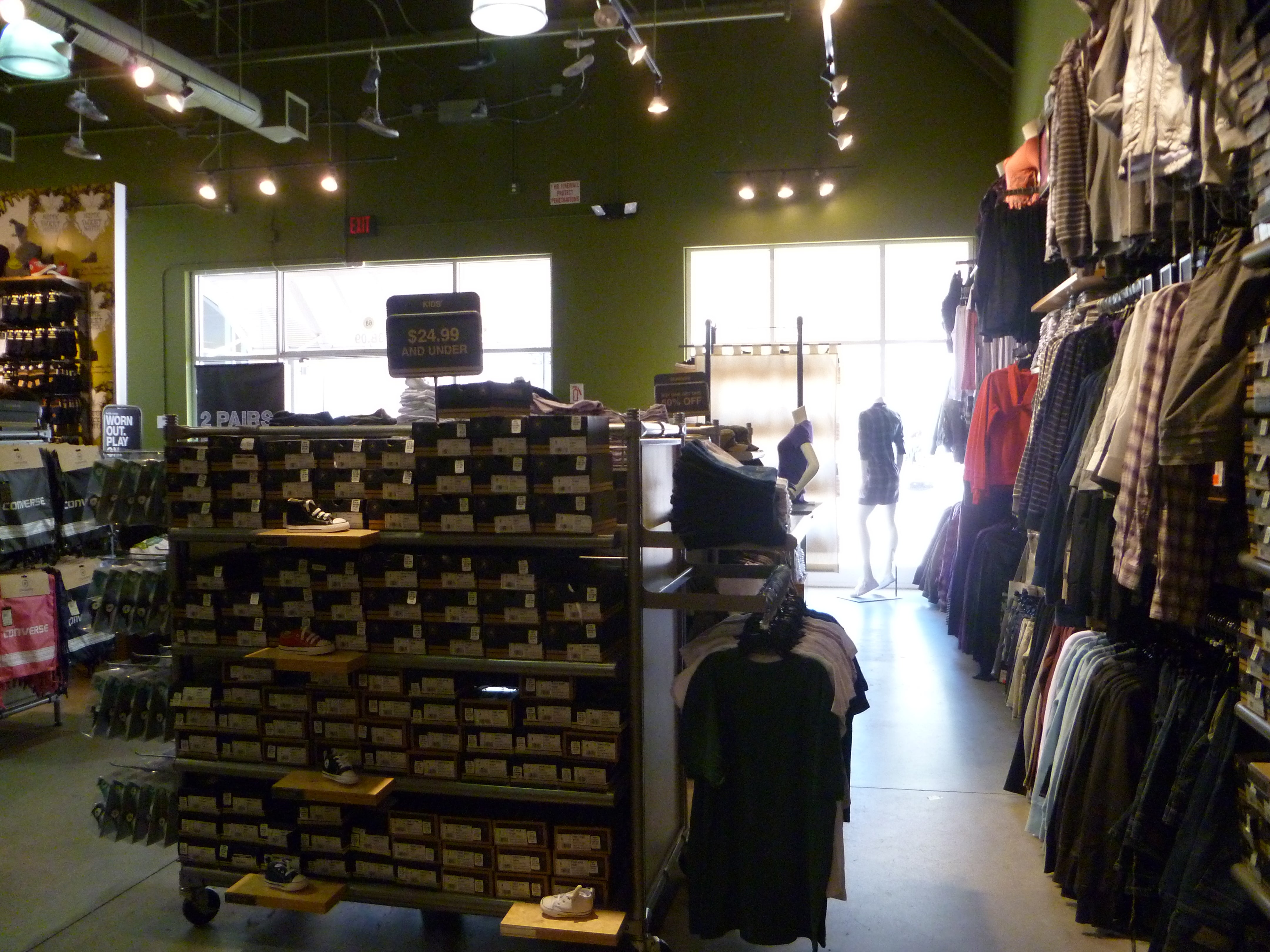 converse at prime outlet