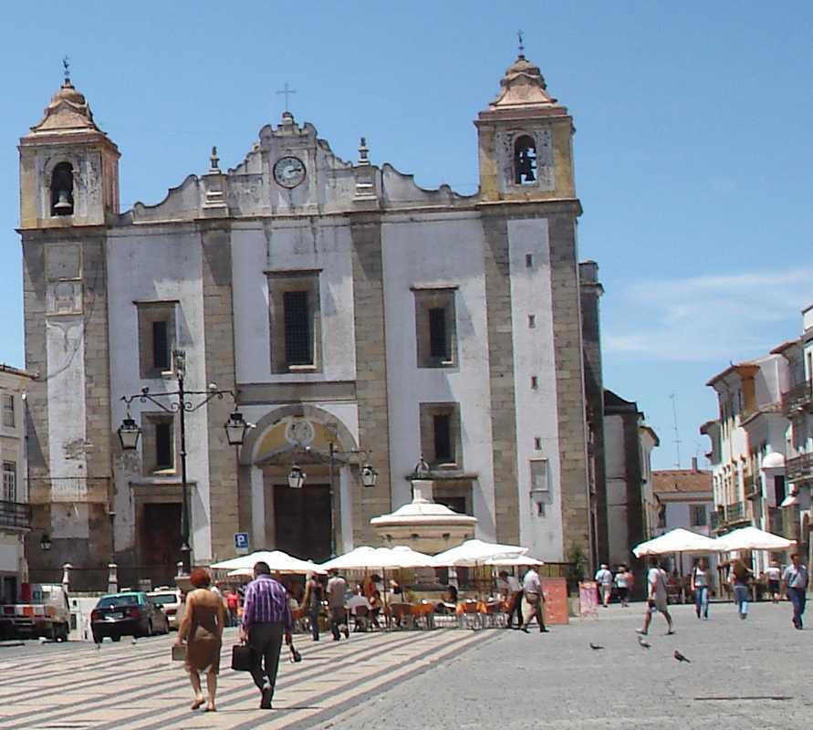 Pueblo en Évora