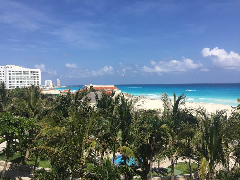 Resort en Grand Park Royal Cancun Caribe - All Inclusive