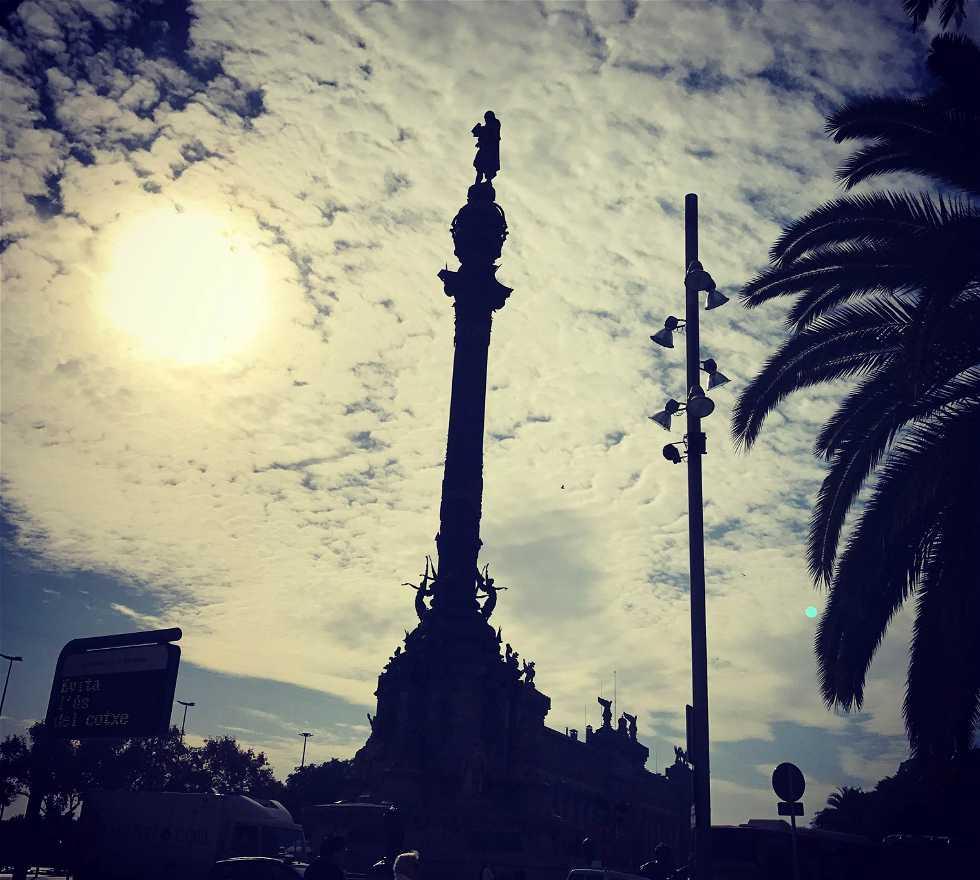 Atmósfera en Plaza de Colón