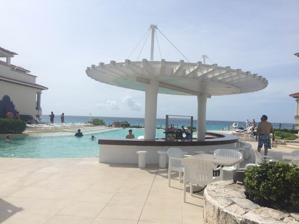 Paseo en Grand Park Royal Cancun Caribe - All Inclusive