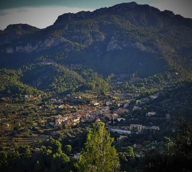 Montanha em Estellencs