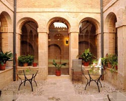 Courtyard in Lillo