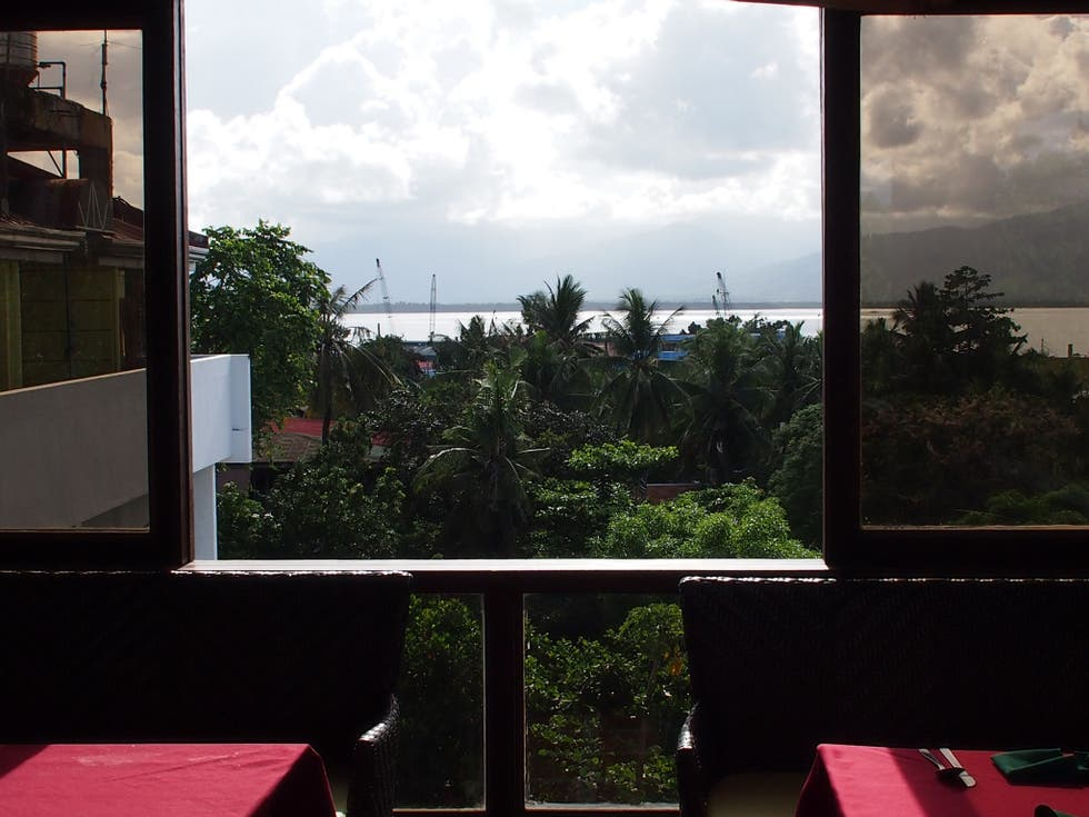 Ventana en Tribu View Deck Restaurant