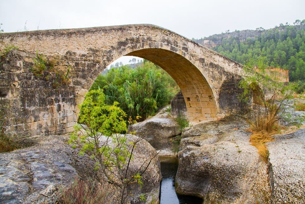 Viaduct in Cabacés