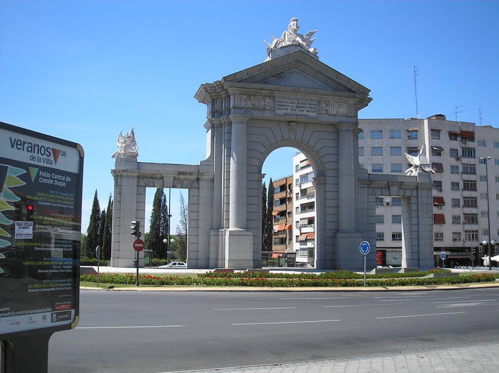 Photos De Puerta De San Vicente Galerie Photos