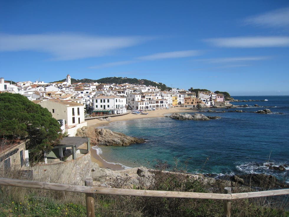 Photos de crique apartamentos finques port calella - Calella de palafrugell office tourisme ...