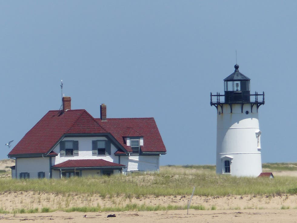 how to get to race point lighthouse