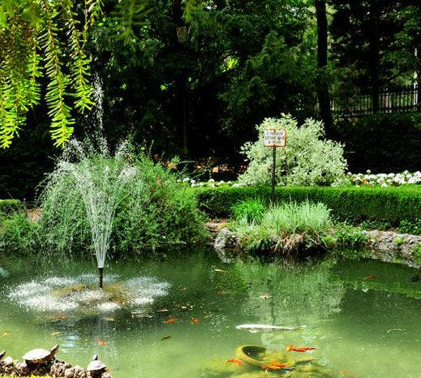 Fotos de parque villa revoltella im genes for Finca villa jardin piedecuesta