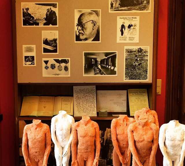 Mueble en Museo de Freud
