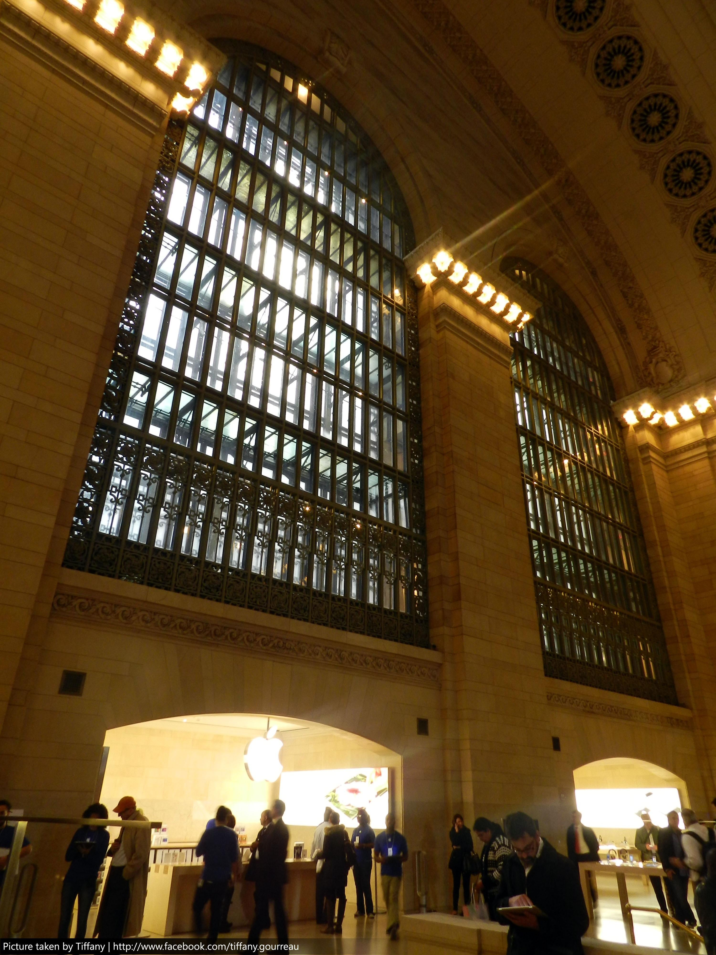 Photos of Apple Store in Grand Central Terminal - Images