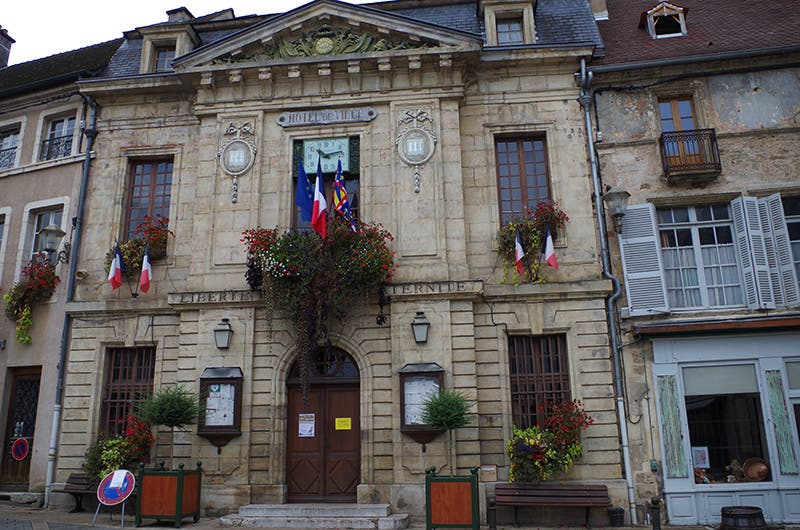 Tourism in Arnay-le-Duc