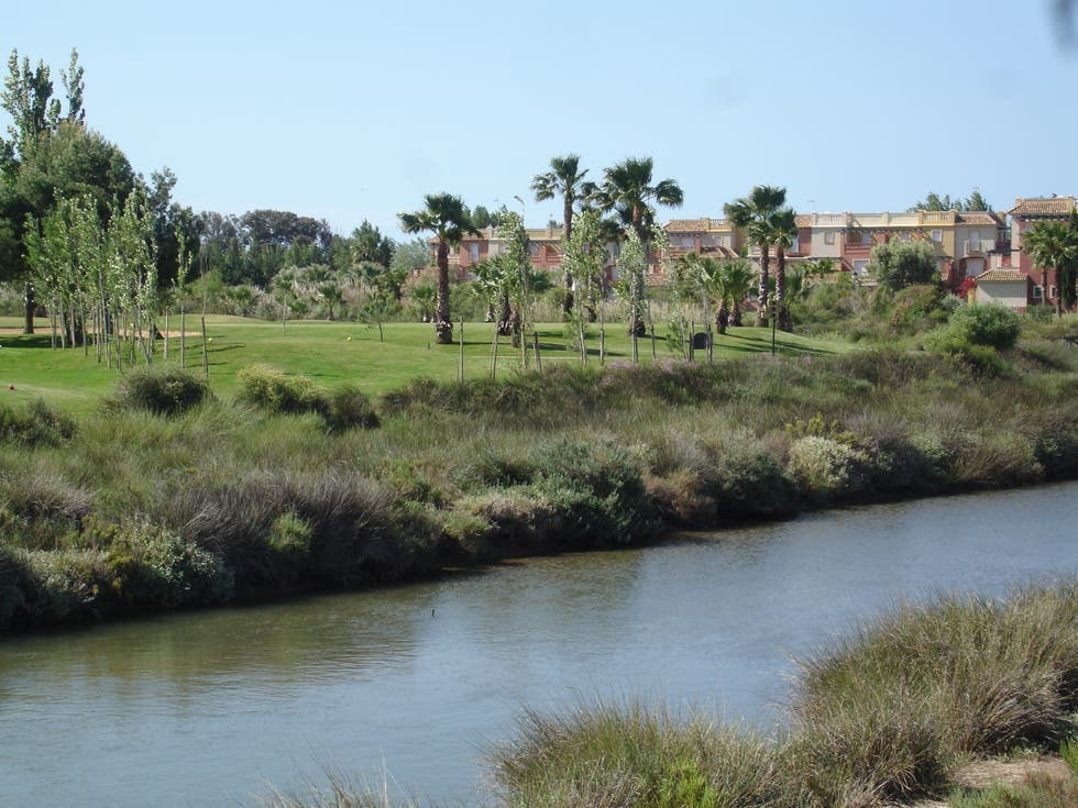 Río en Club de Golf Isla Canela
